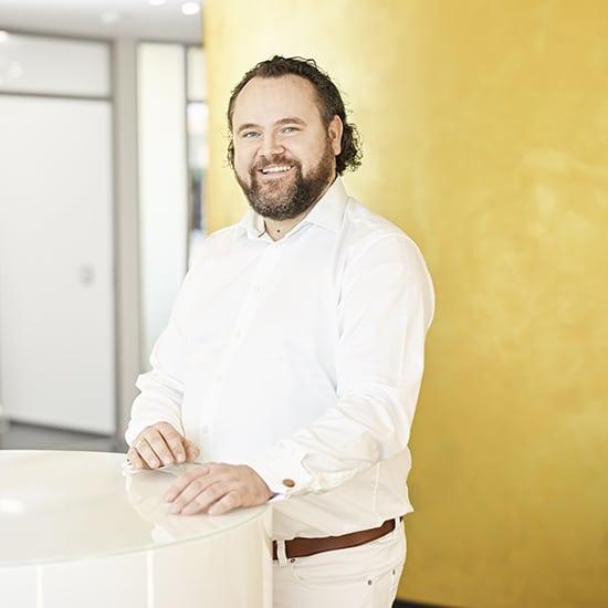 Jens Peuker Zahnarzt