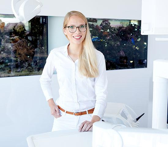Zahnärztin-Johanna-Schwab